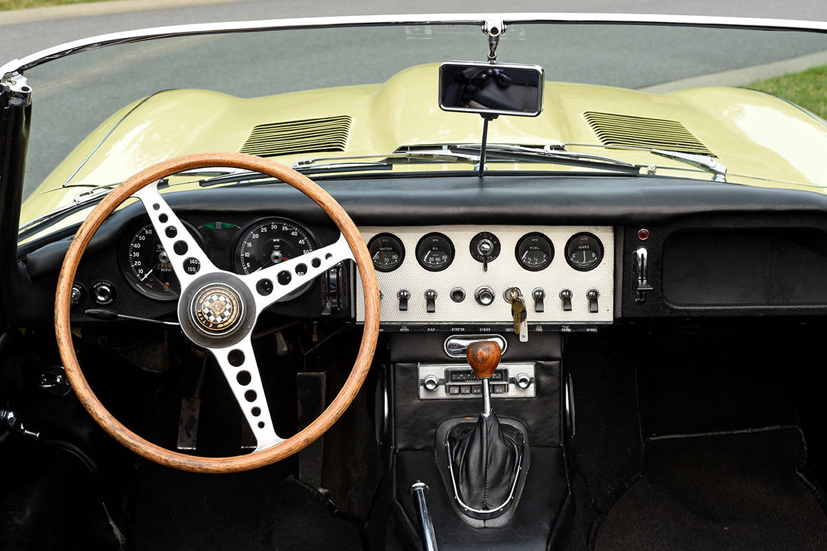 1961 Jaguar Roadster is Classic Car Heaven