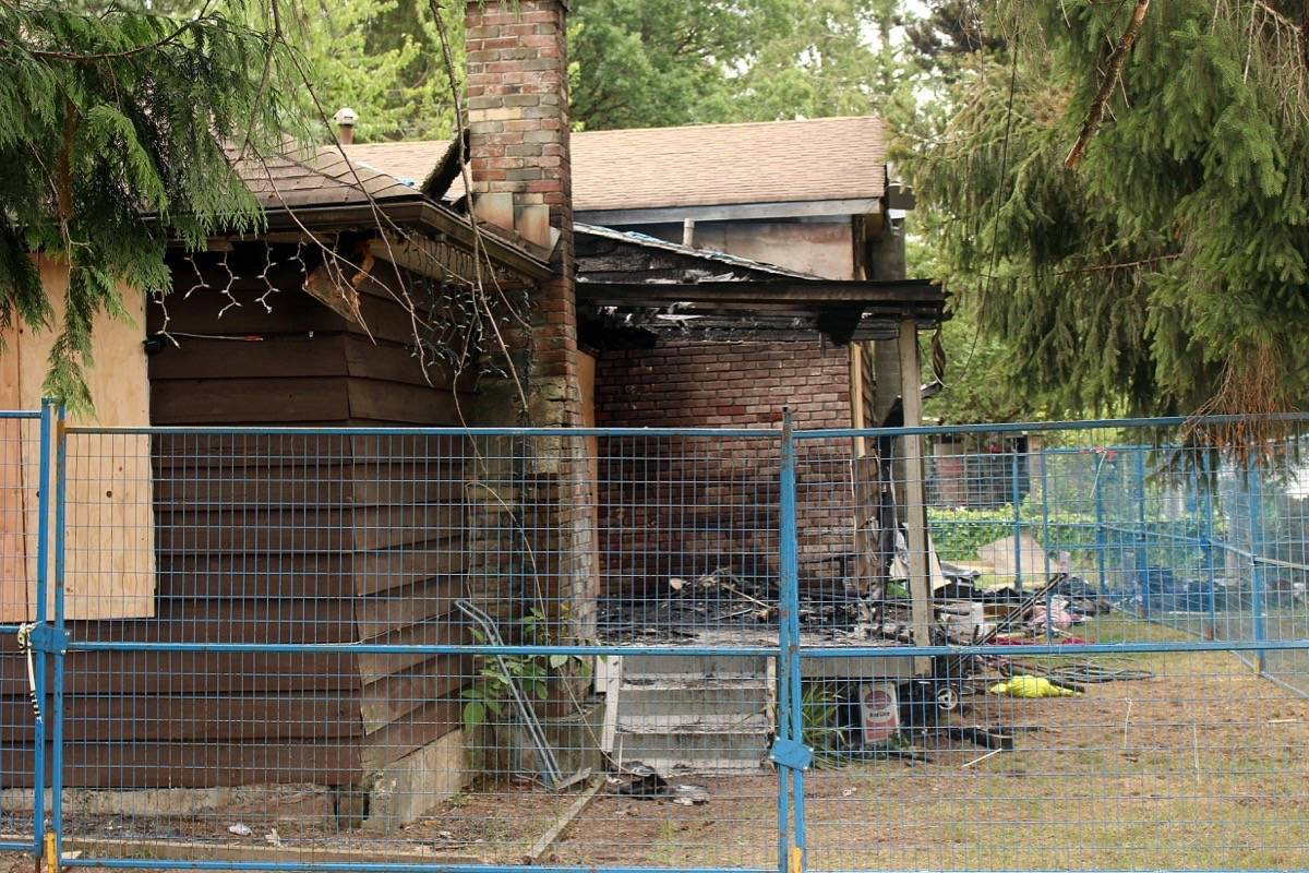 Candles may be 'contributing factor' to Surrey house fire